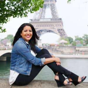 Paris-solo-photo-session-photographer-france-eiffel-tower
