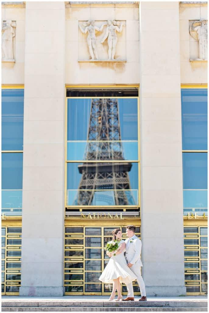 Un mariage intime à Paris dans les Jardins du Luxembourg et à la Tour Eiffel