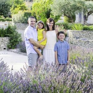 Marie-Calfopoulos-Family-Engagement-Photographer-Photographe-Mariage-Couple-Famille-Paris-Provence-Luberon-Avignon-France-Elopement-Destination-Weddings-07